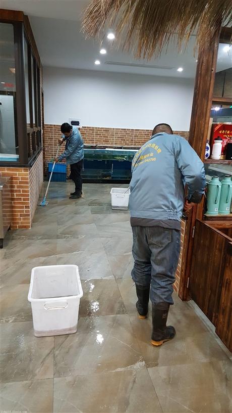 地面防滑涂层施工流程分析