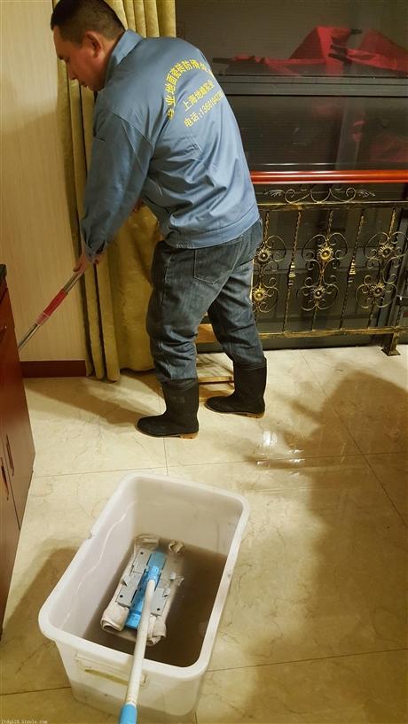 地面防滑处理方式的优缺点对比