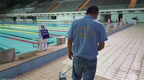 上海游泳池地面防滑