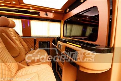 大众T5迈特威商务车改装内饰,吧台隔断豪华航空座椅