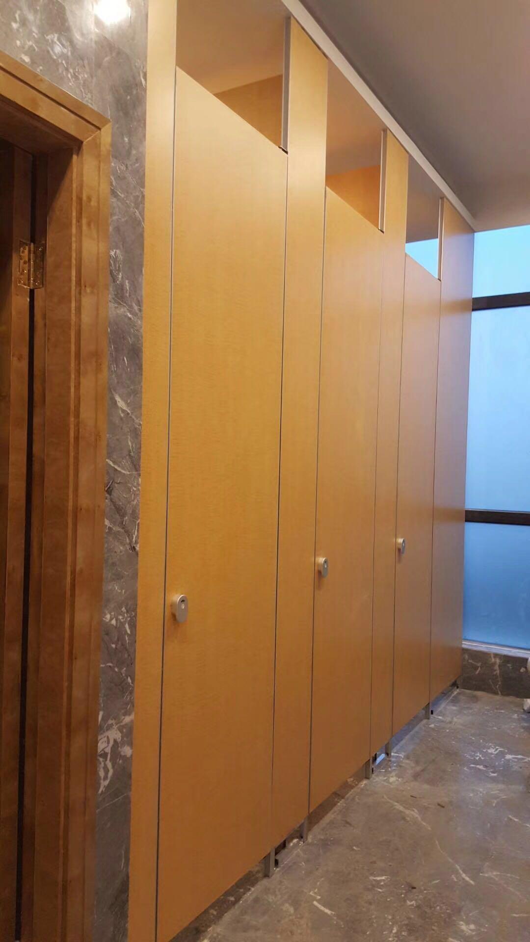 滁州公共卫生间隔断 公厕板材厂家订制