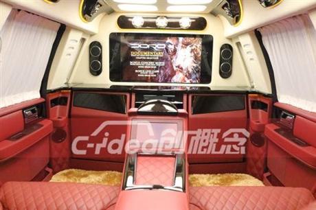 林肯商务车改装内饰全车铺设柚木地板,改装独立航空座椅