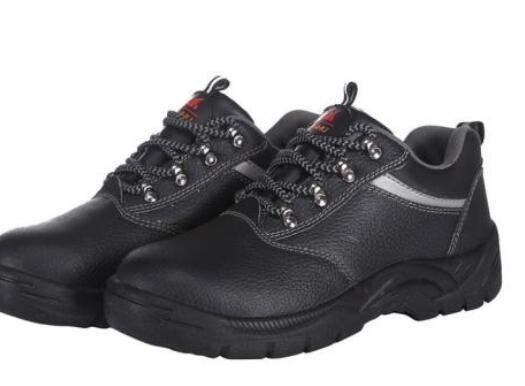 供甘肃甘南劳保鞋和白银劳保绝缘鞋销售