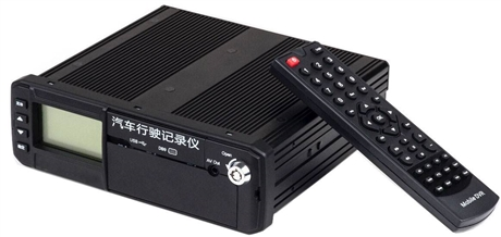 4gAHD车载硬盘录像机 派尼珂高清四路AHD车载录像机NK-MCAHD5004