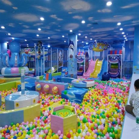 供应最新儿童乐园 淘气堡 百万海洋球