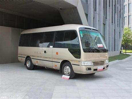 丰田考斯特租赁,租大巴车,长租短租包车接送