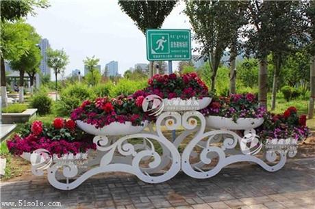新疆立体景观花架厂家供应,品质有保证