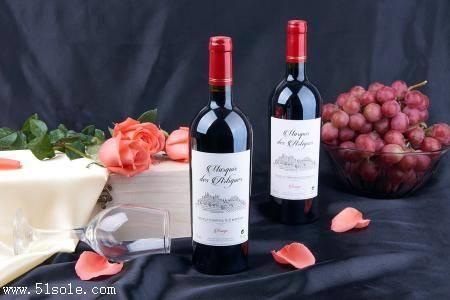 进口红酒到大连可以分批装运吗