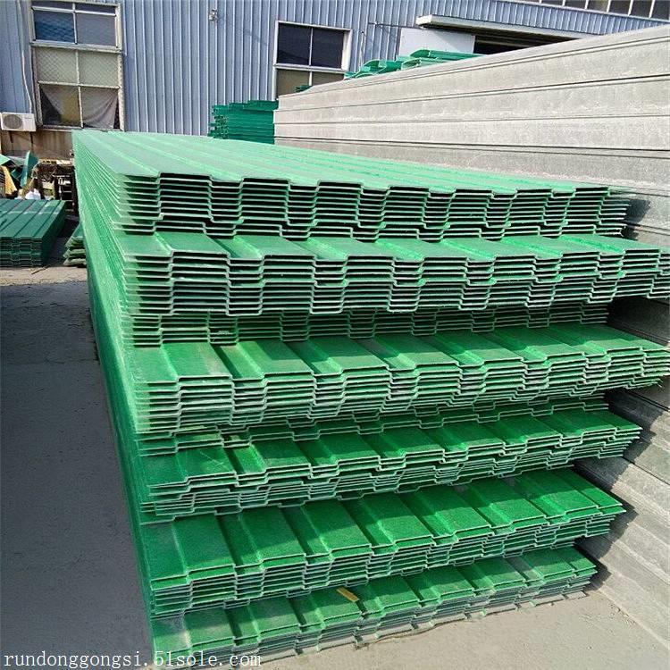 厂家生产各类用途声屏障,品质保障