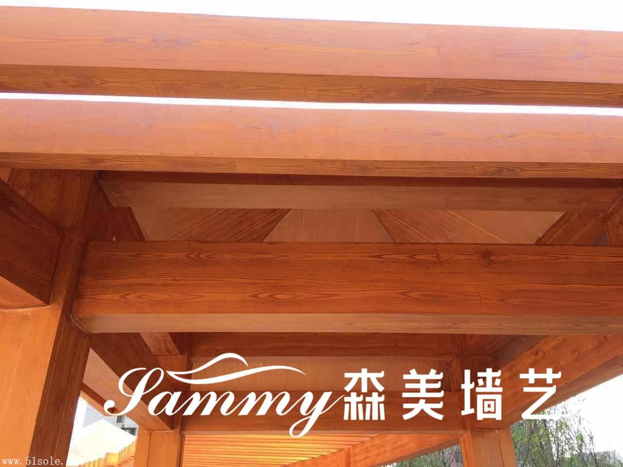 专业护栏、廊架、凉亭、车库入口木纹漆施工