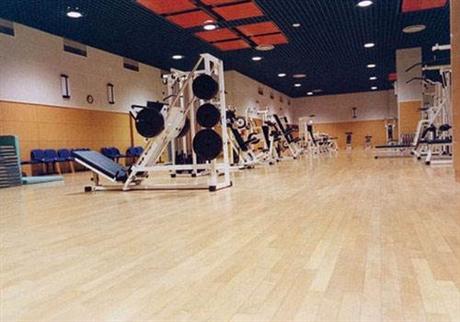 体育实木地板怎么保养 实木体育地板