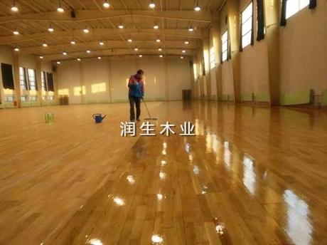 浙江衢州体育实木地板施工方案