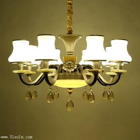 led灯具批发市场 蜡烛水晶吊灯 锌合金吊灯