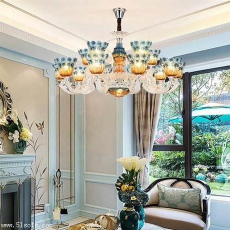 吊灯安装 古典灯饰 美式大吊灯
