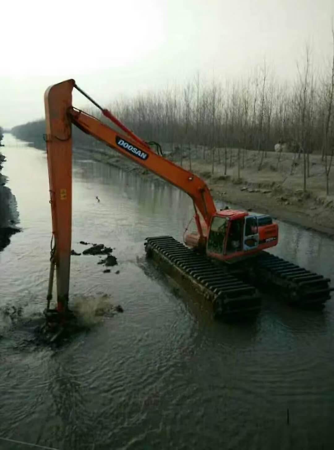 水陆挖掘机出租公司哪家服务好