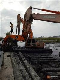 水陆两用挖掘机出租按小时出租
