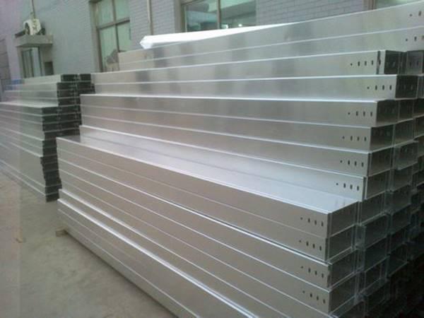 山东瑞隆主要生产梯式桥架 托盘式桥架到货及时