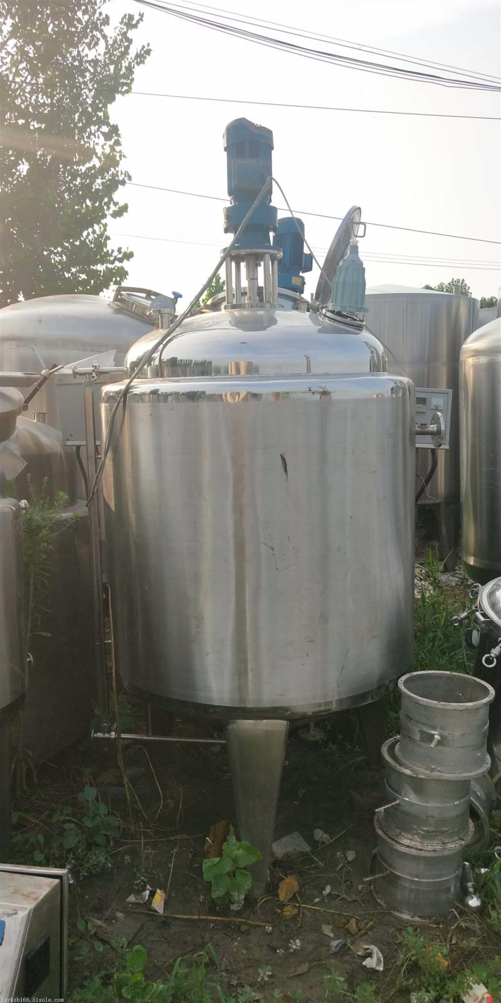 乳化搅拌罐   二手不锈钢搅拌罐  可定制加工各型号搅拌罐
