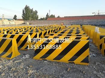 邢台水泥隔离墩价格-黄黑水泥隔离墩批发-公路水泥隔离墩厂家