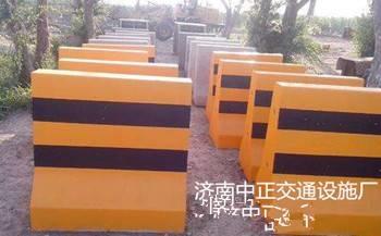 保定水泥隔离墩价格-公路防撞水泥隔离墩尺寸-水泥隔离墩作用