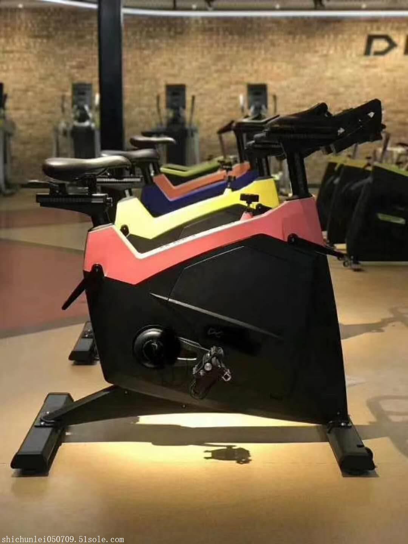 健身车怎么使用 奥信德健身器材 动感单车健身车