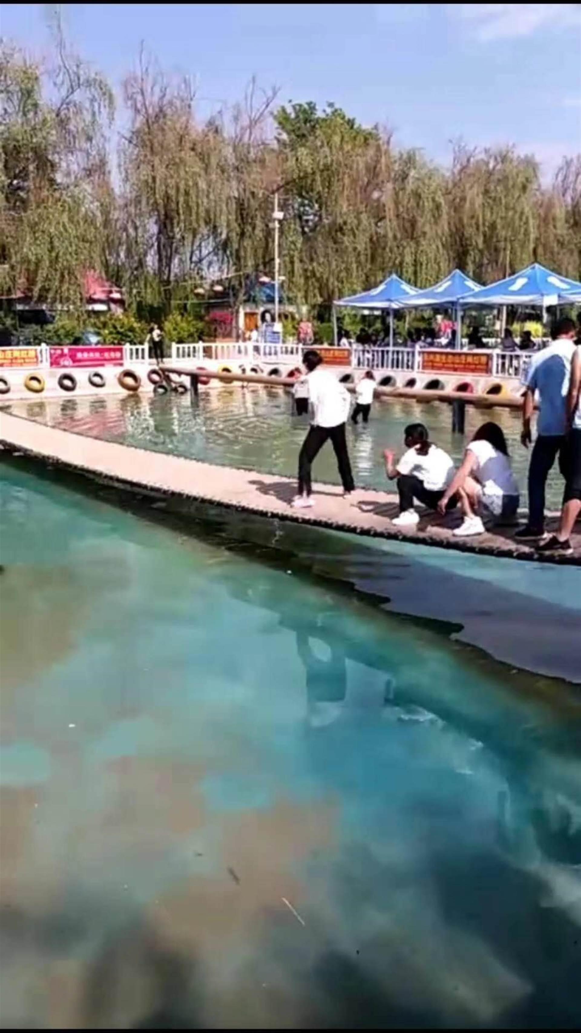2018今夏最火网红桥安装制作