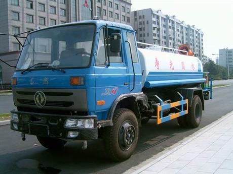 自行式福田5吨洒水车