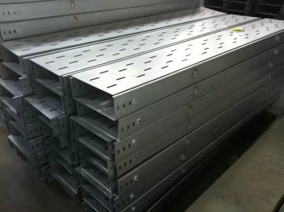 河北瑞隆是专业生产镀锌桥架 防火桥架的厂家