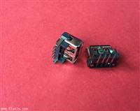 USB2.0母座4P 10.0反向 后2脚90度DIP 垫高8.7H 卷口