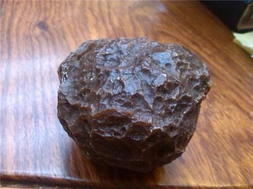 正规拍卖晶体陨石的大公司
