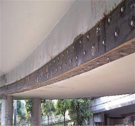 新闻:景德镇专业桥梁裂缝修补碳布加固众拓路桥
