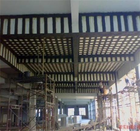 新闻:莆田专业桥梁裂缝修补碳布加固众拓路桥