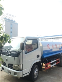 5吨洒水车厂家直销