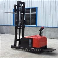 江蘇2噸無腿配重式電動堆高車廠家價格