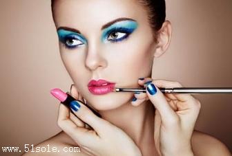 化妆的正确步骤是什么