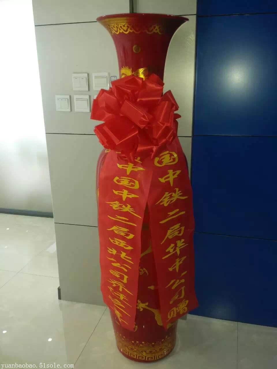 西安景泰蓝花瓶一对多钱 酒店大厅摆放什么工艺品