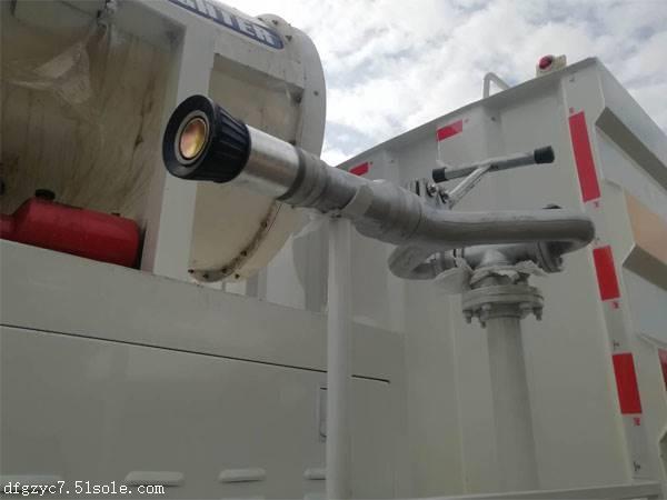 12方雾炮洒水车价格