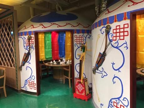 深圳墙绘 餐厅主题彩绘 墙绘价格 追梦墙绘