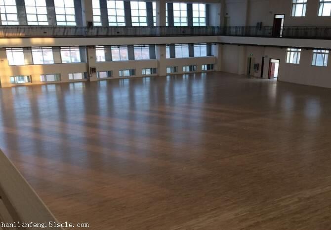 鹤壁枫木体育运动地板施工  枫木体育运动地板