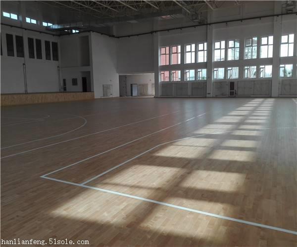 武汉室内体育馆木地板施工方案