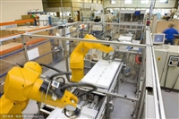 机器人自动装配线