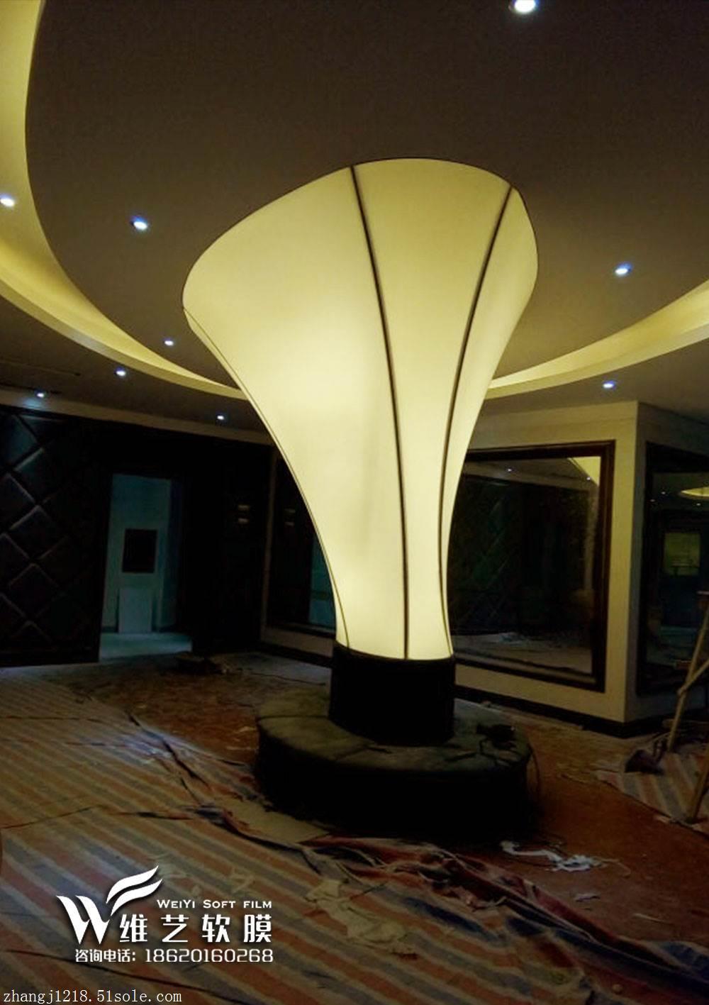 软膜天花发光灯柱装修后果