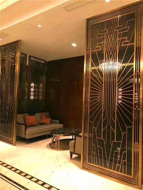 欧式客厅装修效果图 不锈钢屏风厂家