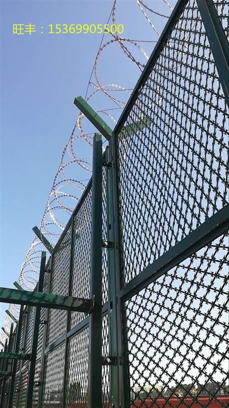 厂家定做监狱钢网墙