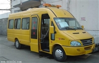 依维柯A50矿山救护车