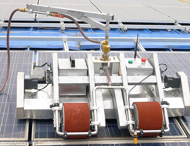 光伏組件清洗設備價格,光伏板清掃機器人介紹,德瑞智能|光伏板清掃-鄭州德瑞智能科技有限公司