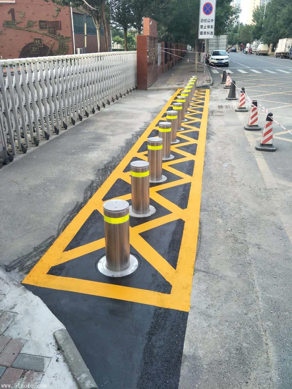 上海升降路柱厂家上海防冲撞路桩