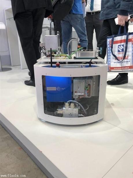 改造叉车方案 利用先进的SLAM技术瑞士Bluebotics自然导航