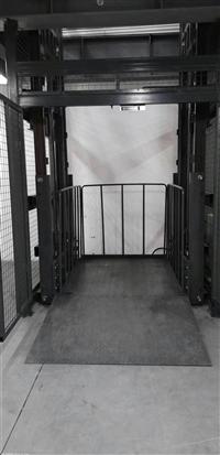 导轨式升降机厂家SJD型导轨式升降机货梯*设置