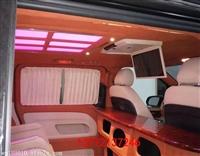西安奔馳商務改航空座椅木地板邁巴赫頂燈吸頂電視全車真皮包覆
